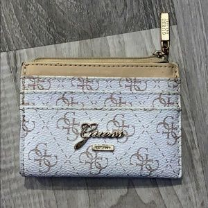 Guess card slot wallet & change area